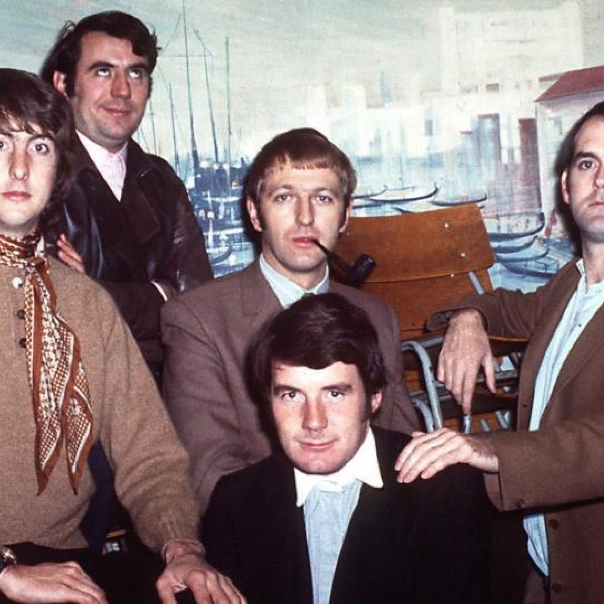 The Last Word: Eric Idle on Wearing Dresses, What George Harrison Taught Him, and More pics