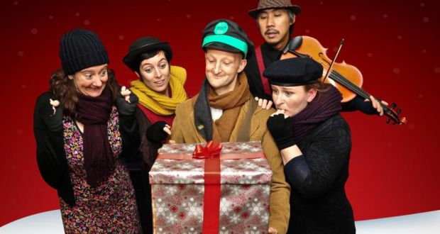 Branar theatre company in 'Twas the Night Before Christmas