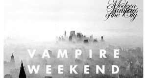 "VAMPIRE WEEKEND MODERN VAMPIRES OF THE CITY ""Reaches the parts that other bands don't even know about it. A great album"""