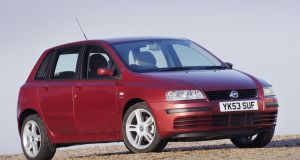 Fiat Stilo. Total loss: €2.1bn. Loss per car: €2729