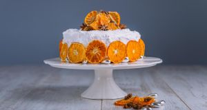 Orange and almond Christmas cake