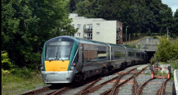 Up to 400,000 rail journeys expected over Christmas