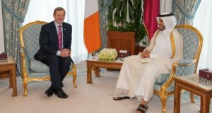 An Taoiseach Enda Kenny being received by Qatari Prime Minister, HE Abdullah Bin Nasser bin Khalifa al Thani