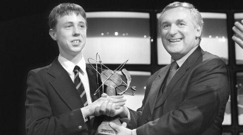 Raphael Hurley (16), Coláiste an Spioraid Naoimh, Presentation Brothers, Bishopstown, Cork, receives his award from then taoiseach Bertie Ahern after winning the Esat Telecom Young Scientist of the Year award in 1998. Photograph: Frank Miller/The Irish Times