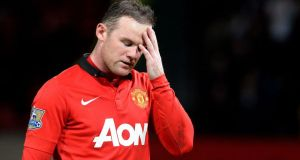 Manchester United's Wayne Rooney  struggling with abductor muscle injury
