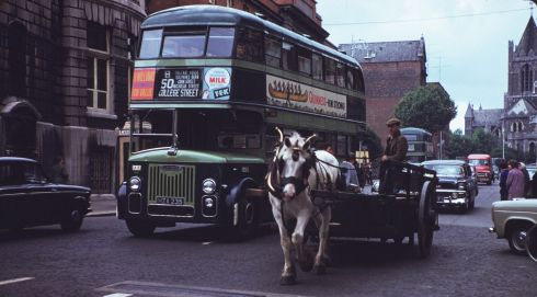 A one-horse dray on Dame Street heading away from Christ Church. Photograph: Charles Cushman