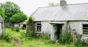 The original derelict farmhouse in Co Laois that Harpur re-built