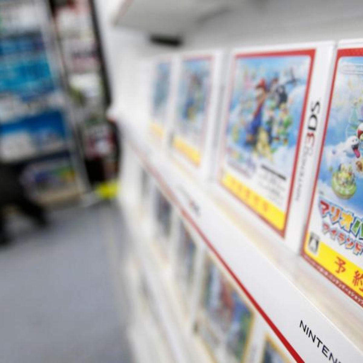 Nintendo under pressure over consoles after poor sales
