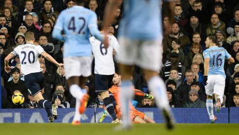 After Arsenal dropped points on Tuesday, Manchester City had the chance to go top on Wednesday night.  Sergio Aguero (16) got the ball rolling with a goal in the first 15 minutes at White Hart Lane. Worryingly for City he had to go off before halftime with a hamstring injury.