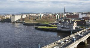 Limerick riverfront from left Sarsfield House, Arthurs Quay Park behind which is Arthurs Quay shopping centre, Shannon Boat Club behind which is the disused Dunnes Stores shopping centre.  Photograph: Liam Burke/Press 22