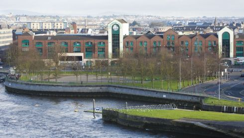 Arthurs Quay Park and shopping centre.  Photograph: Liam Burke/Press 22