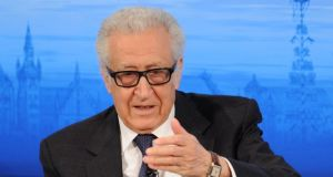 Lakhdar Brahimi: presents delegations with work plan for negotiations