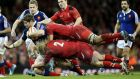 Wales revive Six Nations hopes with win over disjointed France