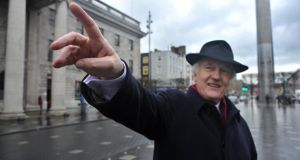 15/1/2014.   - WEEKEND -Pat Liddy, local historian and tour guide on O'Connell Street, Dublin.Photograph: Dara Mac Dónaill/The Irish Times