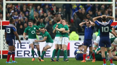 Brian O'Driscoll celebrates with his team-mates as the final whistle is blown.  Photo: Paul Gilham/Getty Images