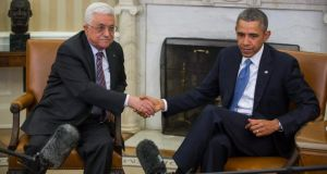Mahmoud Abbas with Barack Obama at the White House. The Palestinian leader acknowledged that time was running out for Middle East negotiation. EPA/Jim Lo Scalzo