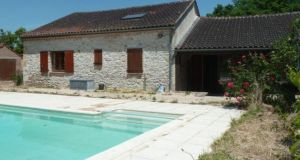 France, Midi Pyrenees: €189,000 latitudes.co.uk
