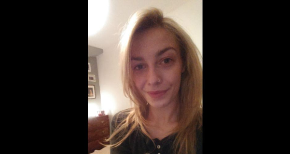 Celebrities join the 'no make-up' selfie craze