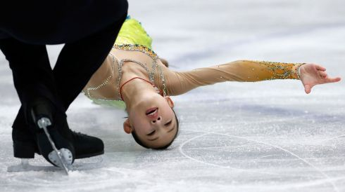 I'll wipe the floor with ya: China's Peng Cheng and Zhang Hao do the business. Photograph: Yuya Shino/Reuters