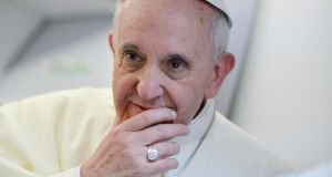The decision to extend an invitation to Pope Francis was passed by 30 votes with none against by Belfast City Council.