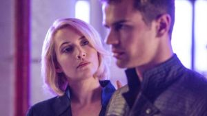 No diverging from the text: Kate Winslet and Theo James in Divergent