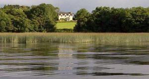 Garanfada House, Dromineer, Co Tipperary