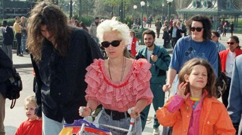 Bob Geldof and Paula Yates with daughters Peaches (left, age 3) and Fifi Trixie-Belle (right) in April 1992 during a visit to Eurodisney. Photograph: PA/PA Wire