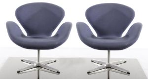 A pair of Swan chairs by Arne Jacobsen, €1,500-€2,500, at de Veres