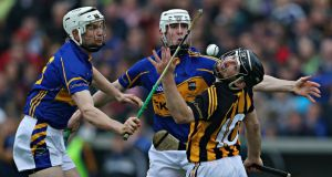 Tipperary's Brendan Maher and Michael Cahill battle with Kilkenny's Richie Hogan during the Allianz Hurling League final at Semple Stadium yesterday. Photo: Cathal Noonan/Inpho