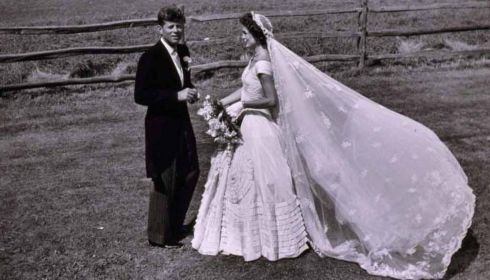 John F Kennedy and Jacqueline Bouvier on their wedding day, September 12th, 1953.  Photograph: Toni Frissell Collection