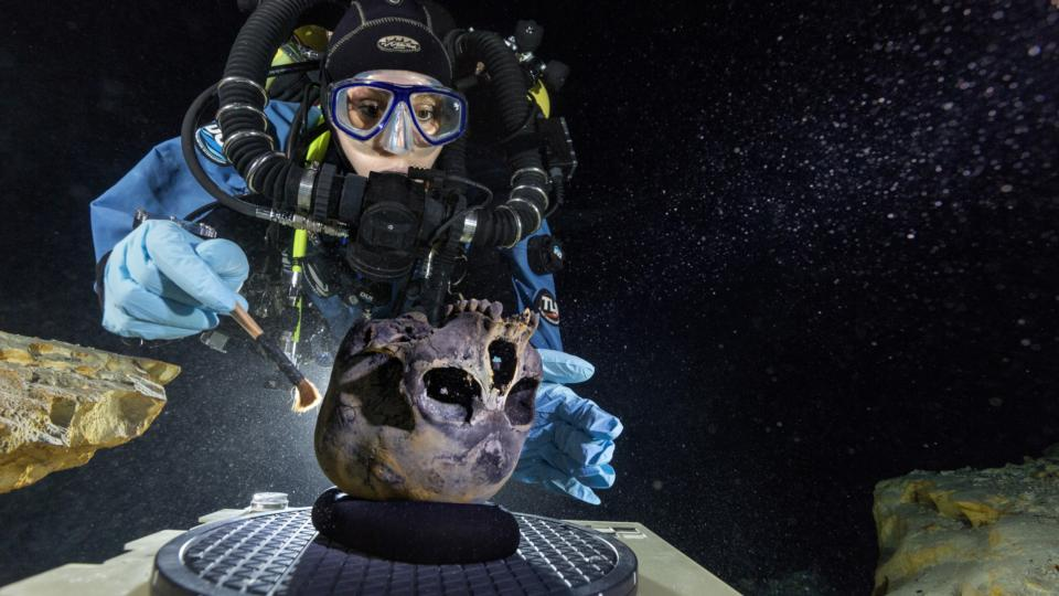 Cave divers find one of oldest human skeletons in N America