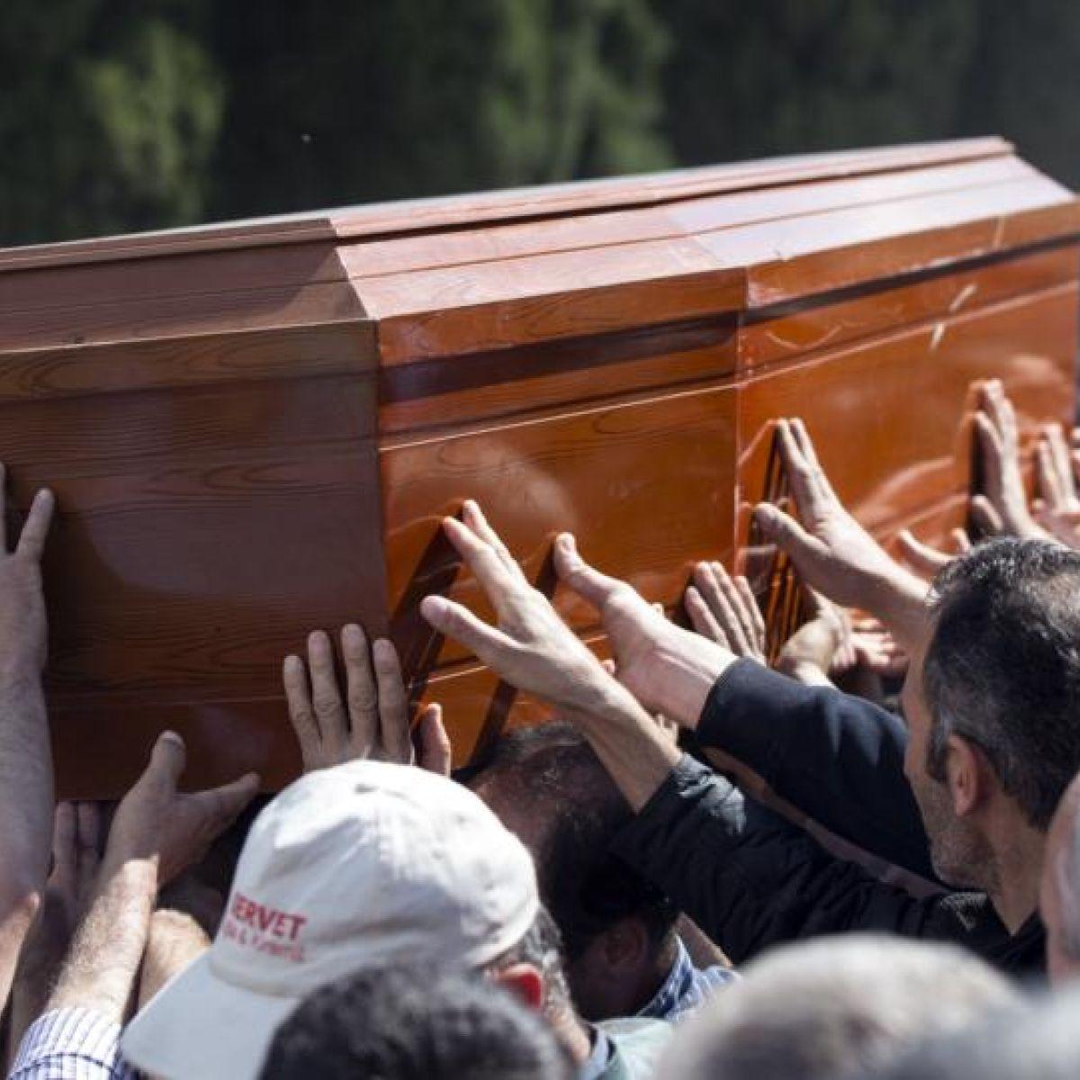 Turkish mine town in 'lockdown' as rescue effort ends