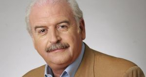 Marty Whelan: He do the police in different voices