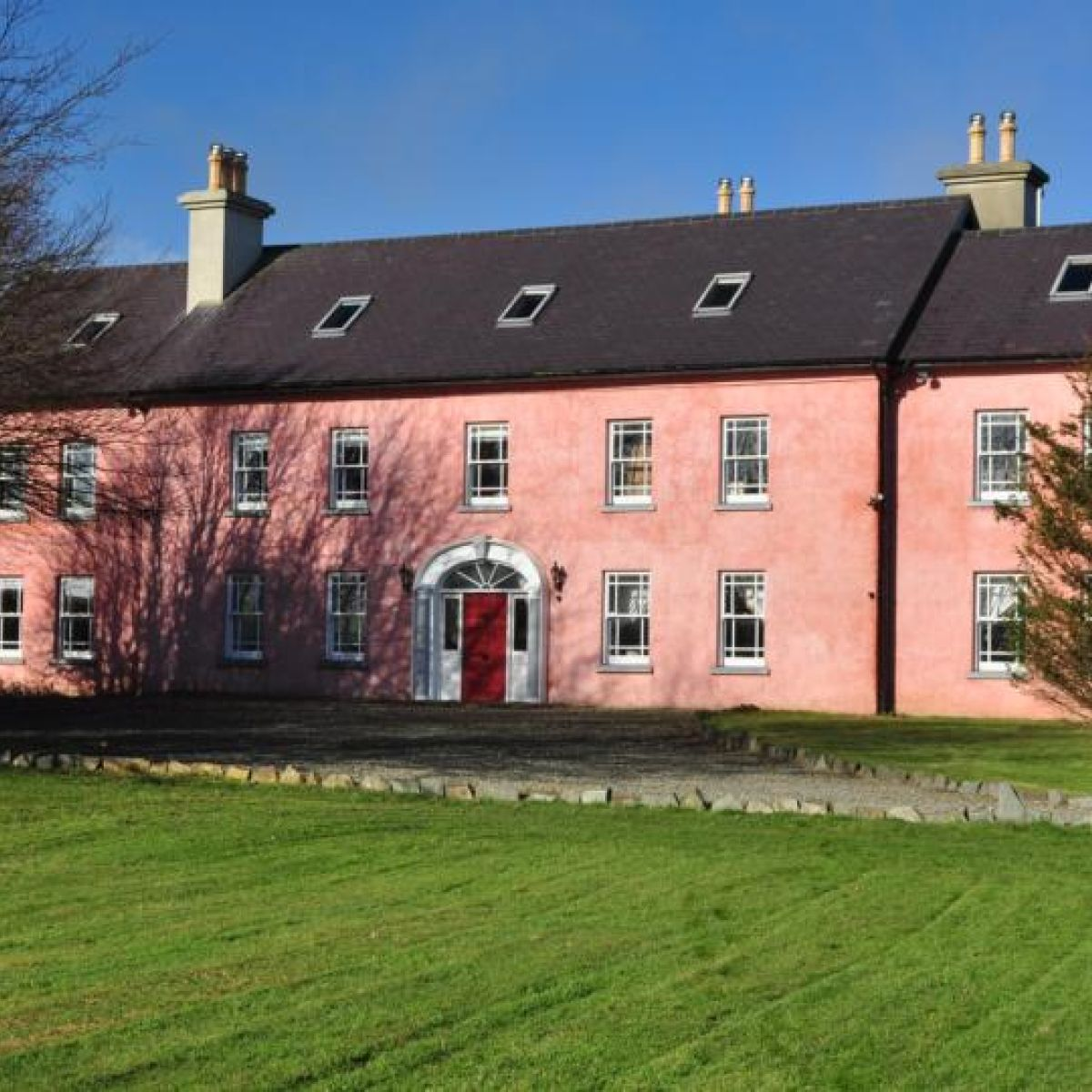 Skibbereen Hotels (FREE cancellation on select hotels
