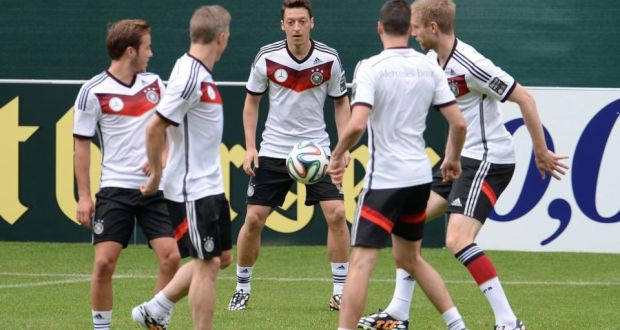 German players (l to r) Mario Götze dbc359ba4f858