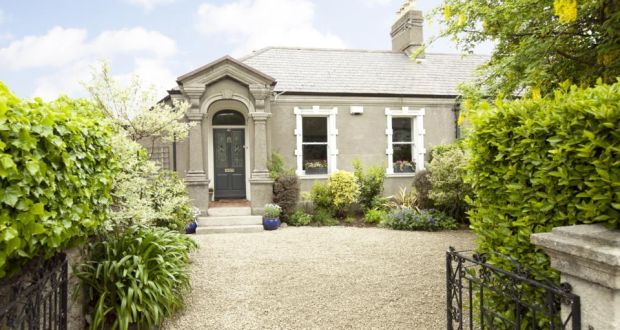 Victorian three bed, stones throw from Dalkey Village