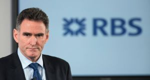 Ross McEwan, chief executive officer RBS,  will take the flak over bankers' bonuses  at the annual meeting. Photographer: Simon Dawson/Bloomberg