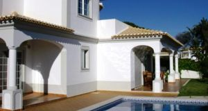 Portugal Algarve: €600,000 portugalproperty.com