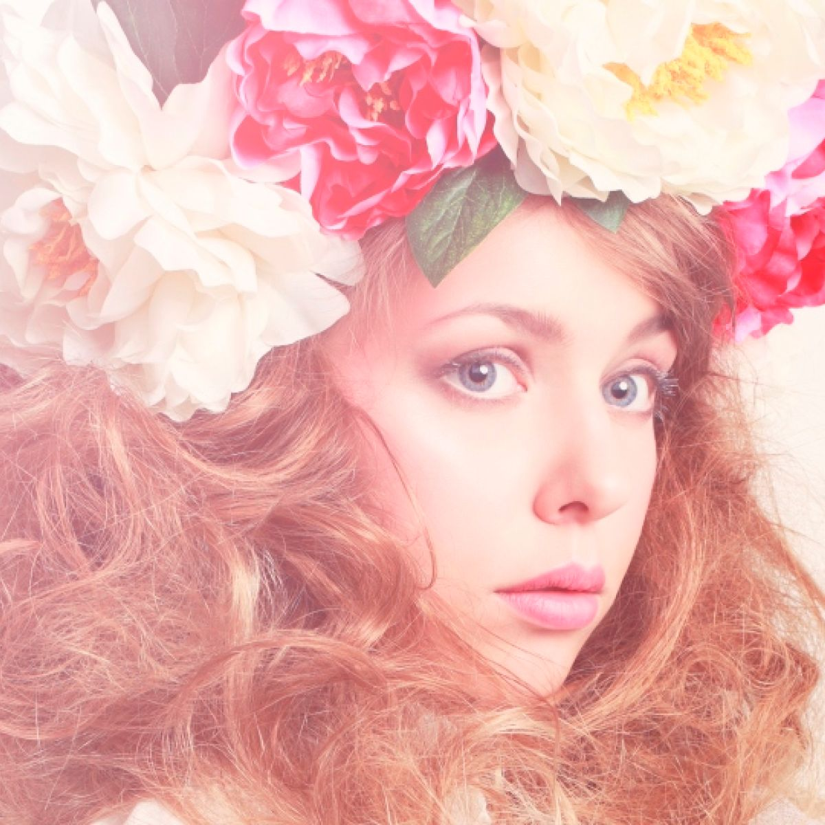 Fashion With Flowers In My Hair