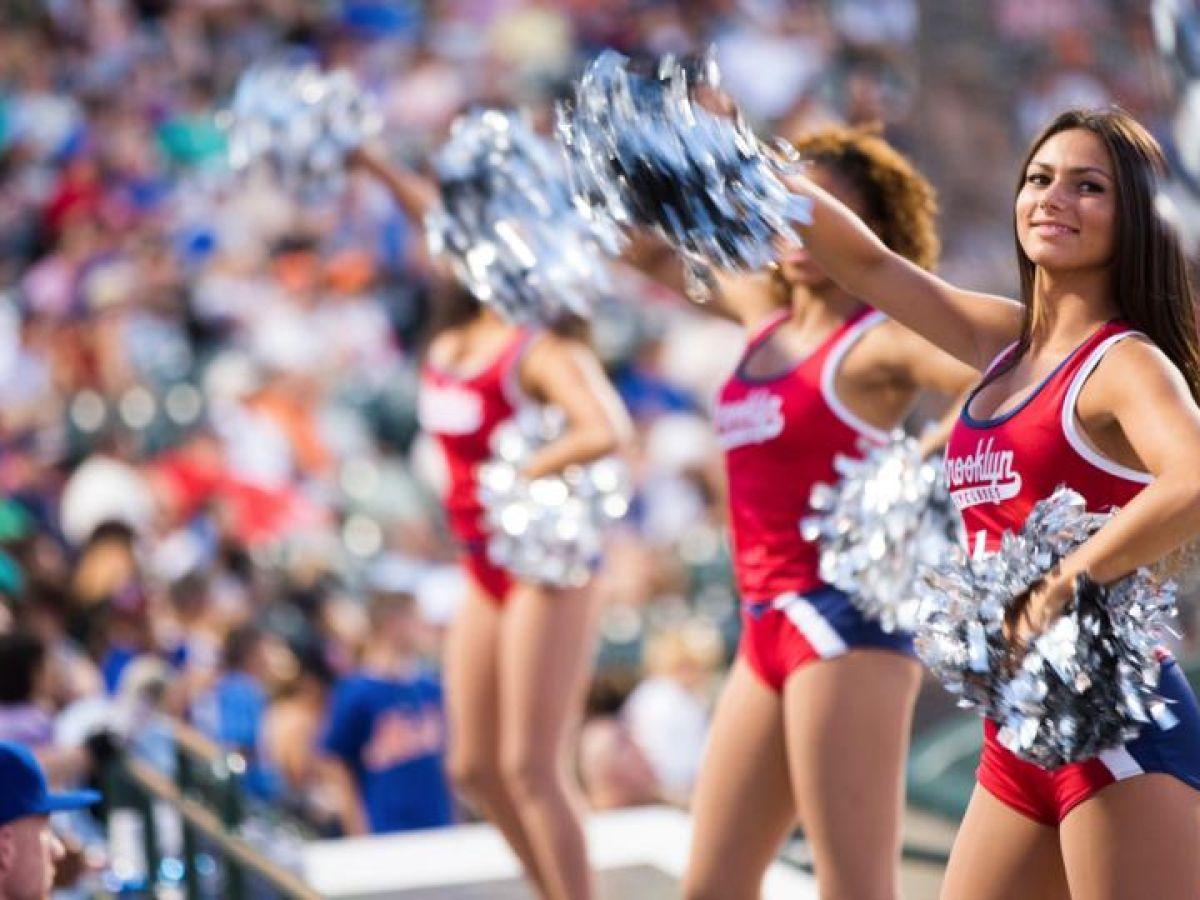 alexa brenneman bengals cheerleader