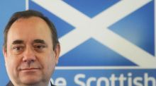Alex Salmond opened strongly, but struggled badly when he was pressed on whether Scotland will be part of a sterling currency union with the rest of the United Kingdom during a television debate last night.