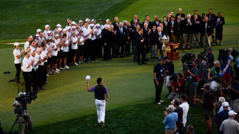 Walking out on the 18th green. Photograph: EPA/LARRY W. SMITH