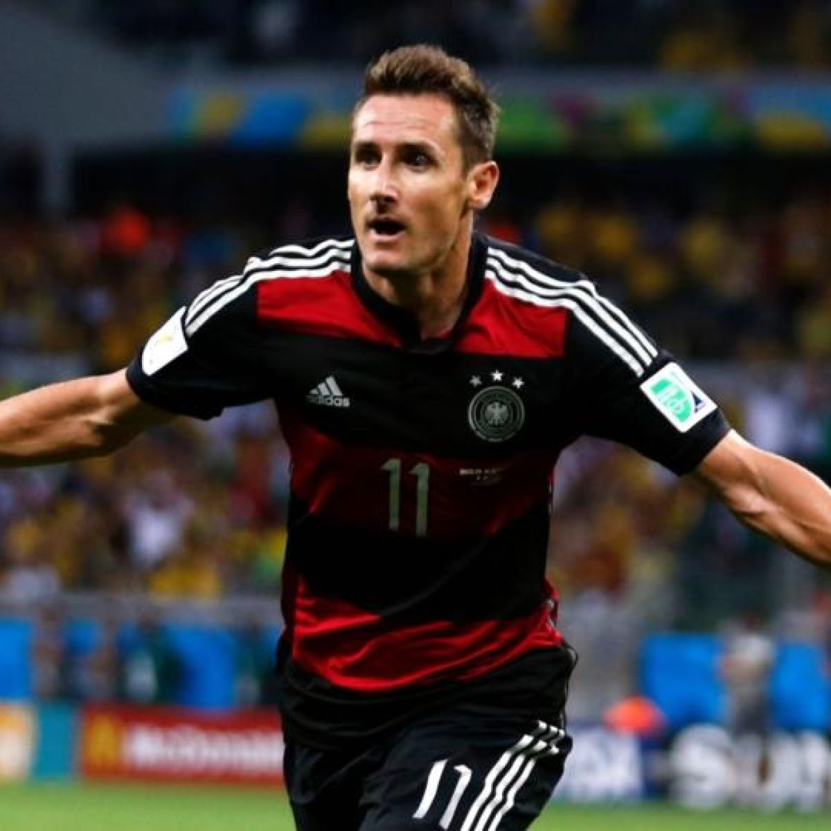 Miroslav Klose: biography and career of a football player 21