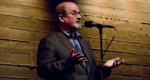 Open season: Salman Rushdie storytelling at the Moth