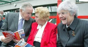 Former taoiseach Albert Reynolds picks up a few tips from Margaret Murphy and Mary Tuite, both of Ardcath, Co Meath, at the opening day of the 2005 Galway Races. Photograph: Joe O'Shaughnessy.
