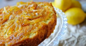 Saffron and lemon cake