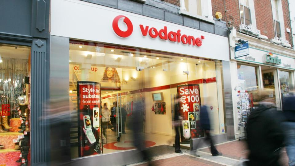 Vodafone customer left hanging on for a receipt