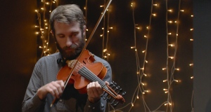 As a self-employed musician, Ó Raghallaigh's workload was becoming a strain. So the fiddler, equally at home to the traditional and experimental, made a key change