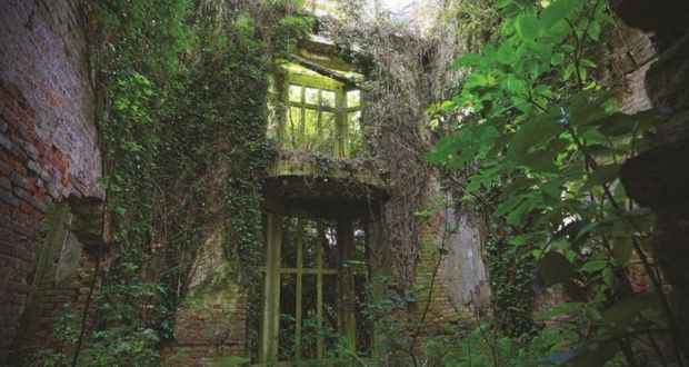 Pictures of old houses in ireland