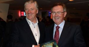 "A total of 143,000 listeners have ""moved the dial"" to Pat Kenny's show on Newstalk while Seán O'Rourke, who replaced him on RTÉ Radio 1 now has 295,000 listeners, down from an audience of 334,000 recorded a year earlier."